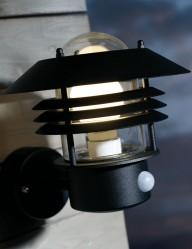 aplique-negro-metalico-2400ZW-1