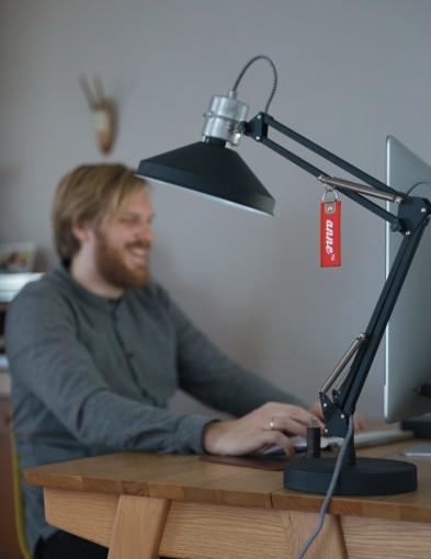 lampara-de-mesa-negra-7702ZW-2